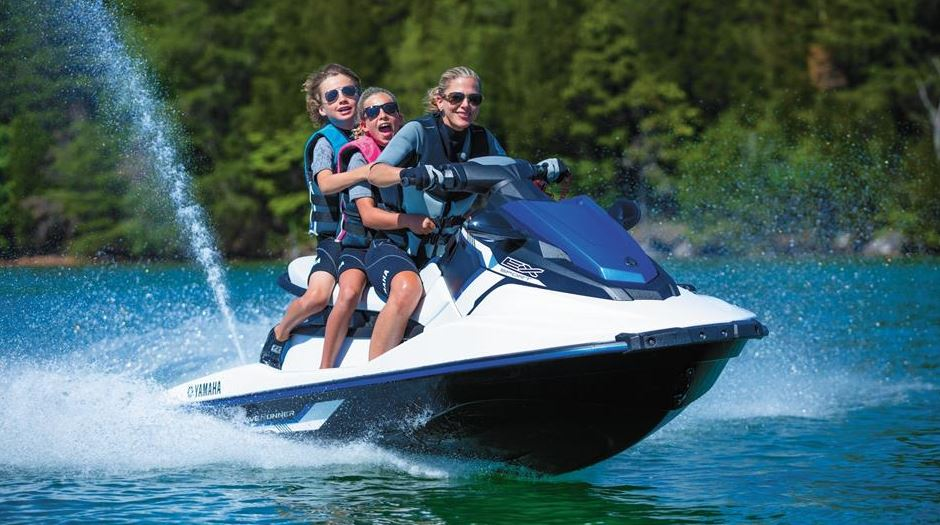 Yamaha EX Sport Waverunner Specifications