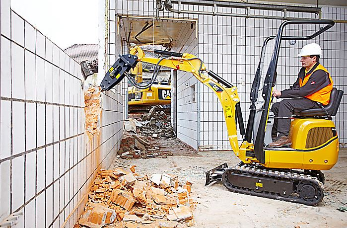 CAT 300.9D Mini Excavator Features