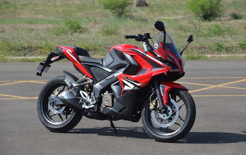 bajaj pulsar rs 200 Bike 14