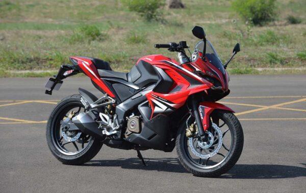 bajaj pulsar rs 200 Bike 14