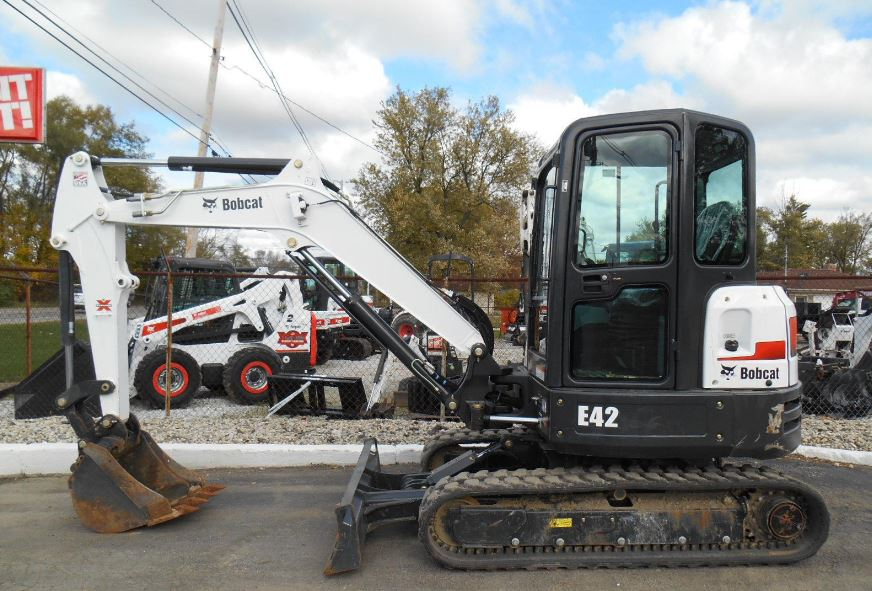 Bobcat E42 Mini Excavator Overview