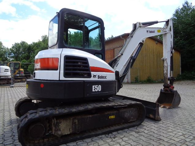 Bobcat E50 Mini Excavator specifications