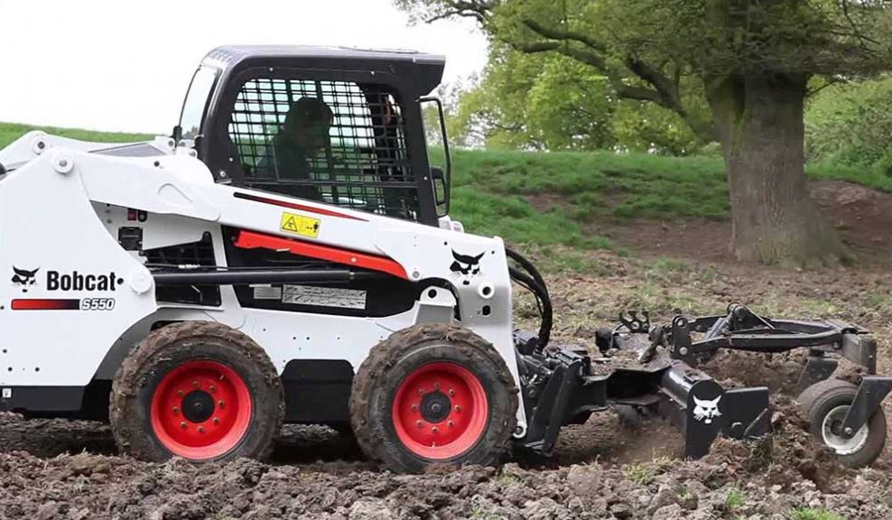 Bobcat S550 Mini Skid-Steer Loader Key Facts