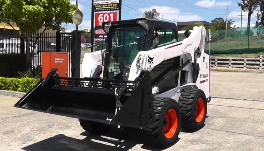 Bobcat S590 Mini Skid-Steer Loader features