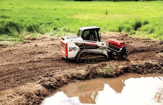 Bobcat T550 Compact Track Loader Specifications