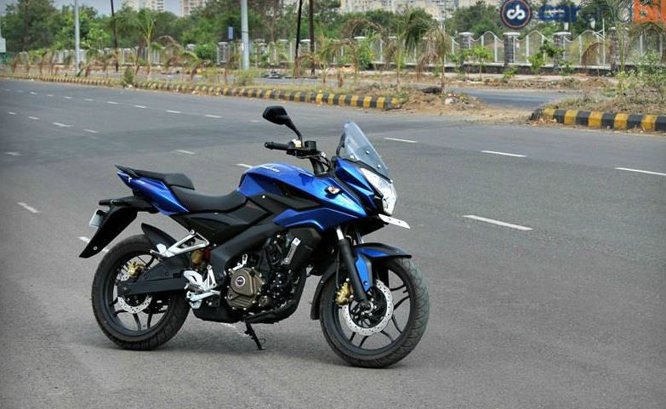 Bajaj Pulsar AS 200 on road price in India