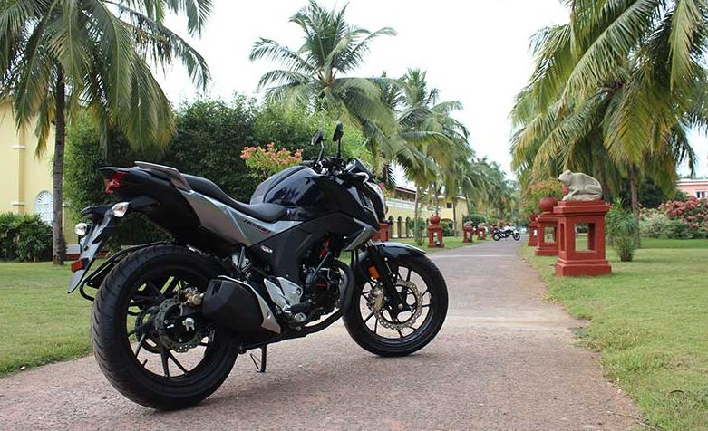 honda hornet 160r review