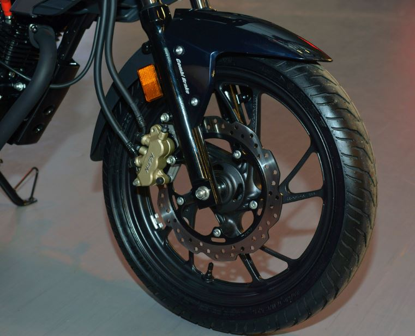Honda CB Hornet 160R Brakes