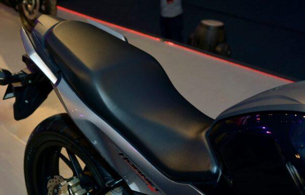 Honda CB Hornet 160R Seat