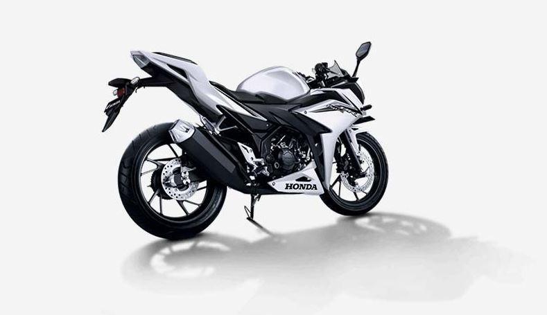 Honda CBR 150R on road price list in india