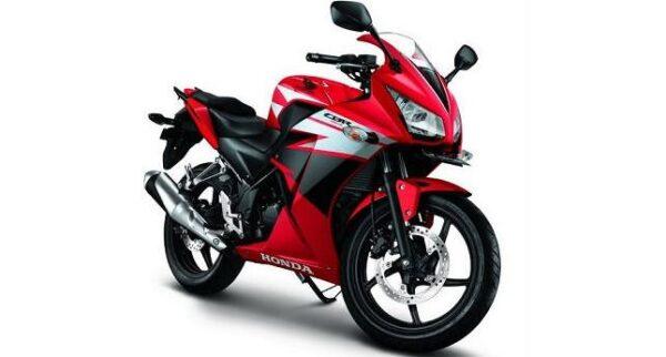 Honda CBR 150R mileage per liter