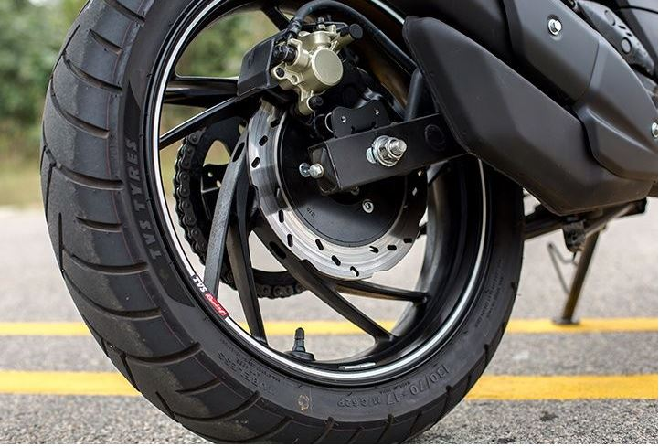 TVS Apache RTR 200 4V Bike brakes
