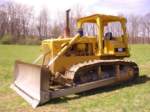 Caterpillar D6 Dozer Key Facts