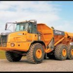 John Deere 400d Articulated Dump Truck Specs Price Key Facts & Images