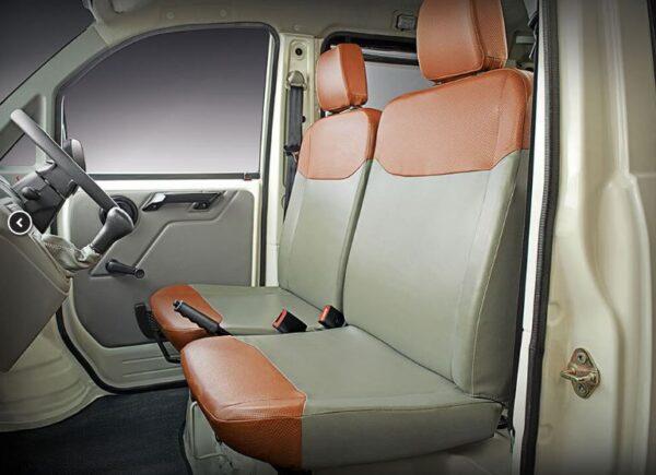 Mahindra Jeeto Minivan interior